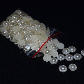 Половин перла с перли