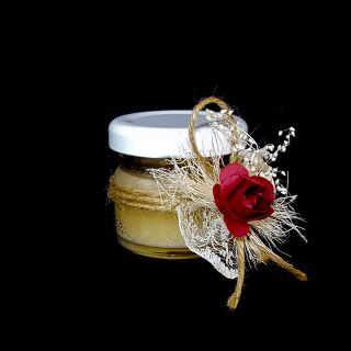 Бурканче с мед и роза